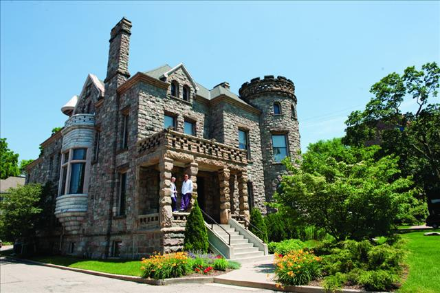 kathy-stanton-stonecastle_the-location